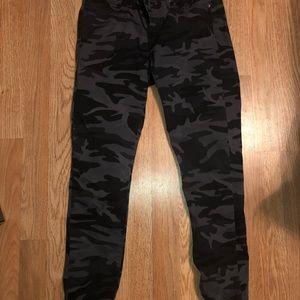 Levi's 711 skinny jean